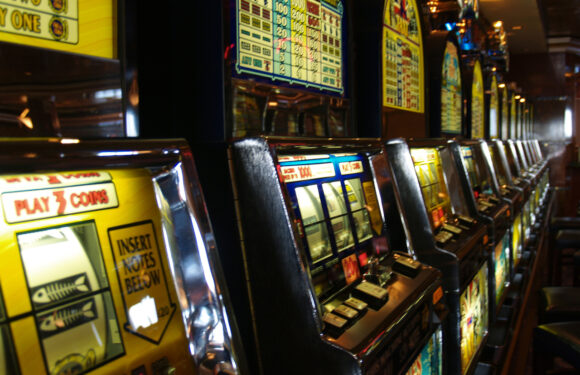 Play Slots With Sloterix
