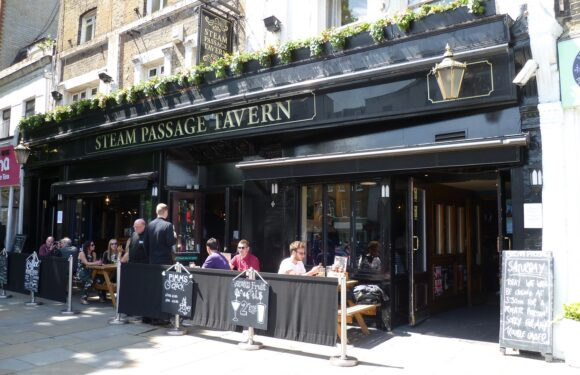 Saturday At The Steam Passage